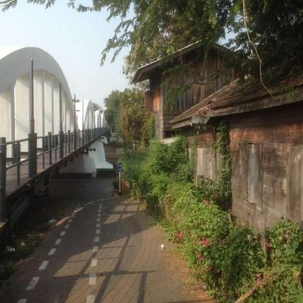 Ratchadapisek Bridge Lampang. Picture by Oliver Backhouse.